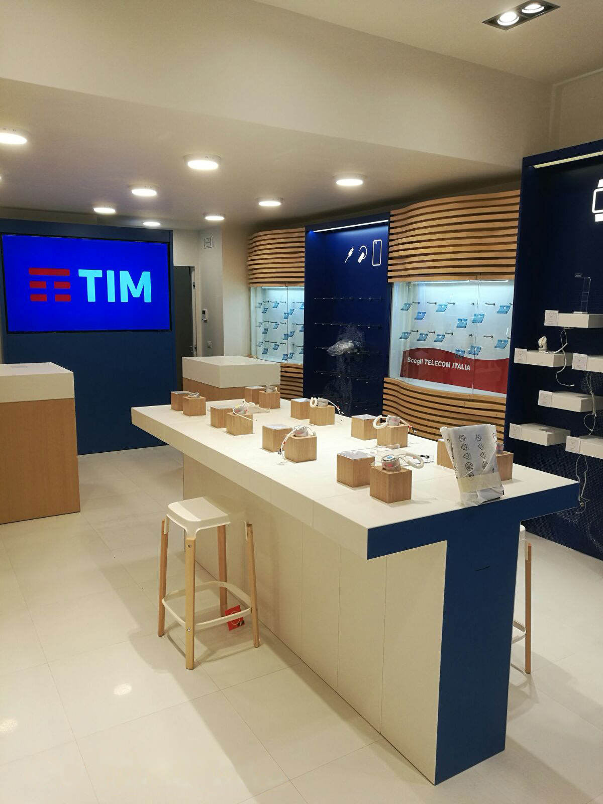 TIM New Concept Store